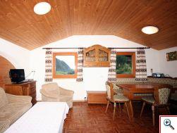 Wohnküche Mesnerhof Matrei in Osttirol